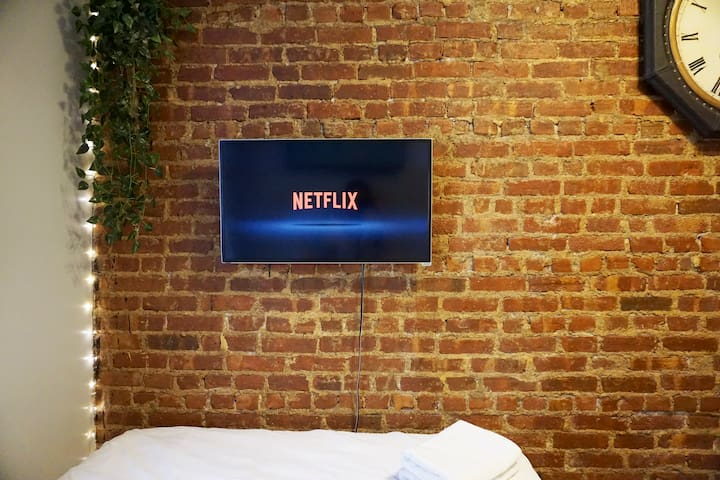 Netflix and Chill in bed