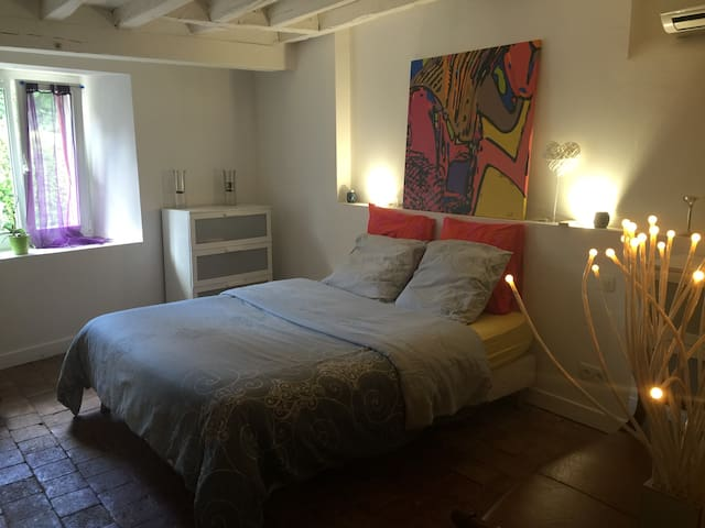 Romantic Bedroom & SPA for 2/5 host - Plessis-Saint-Benoist - Szoba reggelivel