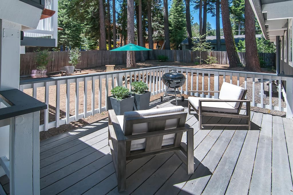Side Deck and Back Yard