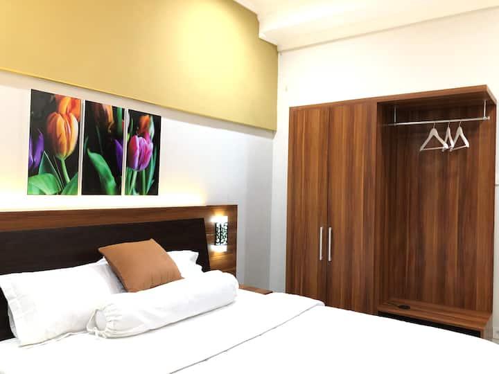 Deluxe room El's House
