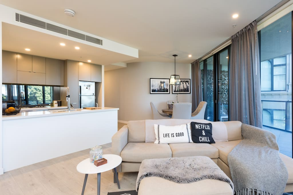 Spacious open plan kitchen and living room