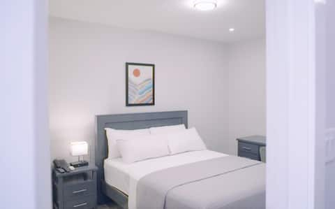 M's Ville Apartments - Room 104