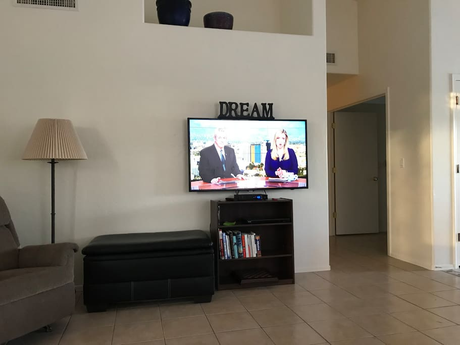 TV with cable and internet