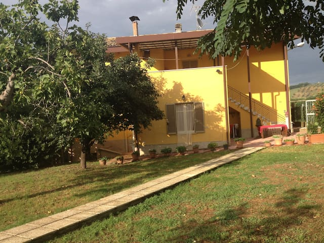 Villa Tarquini - Castilenti - Wohnung