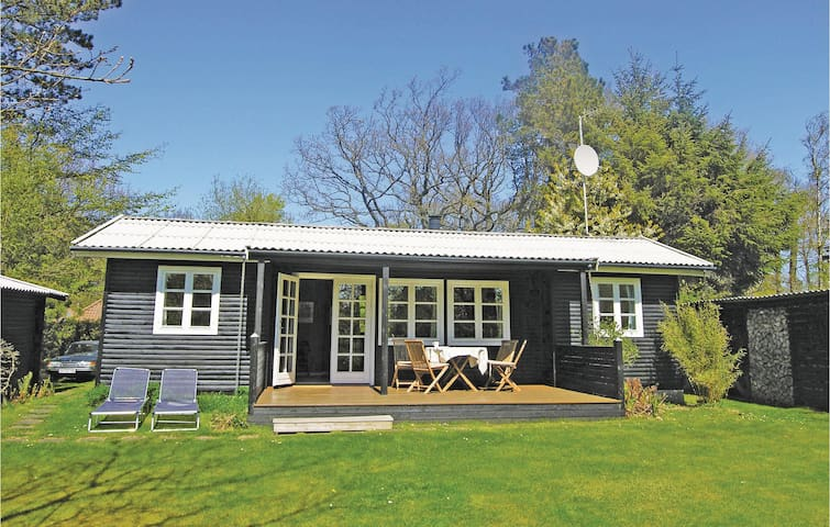 Holiday cottage with 2 bedrooms on 63m² in Gilleleje
