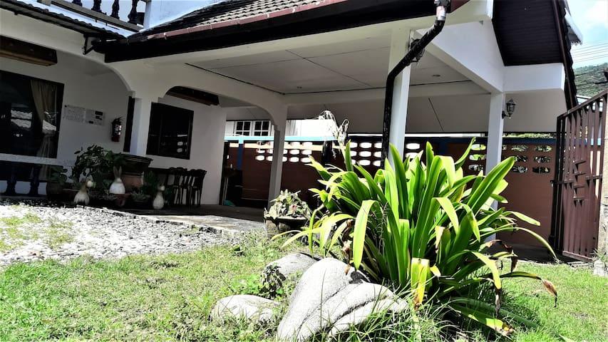 Thai Villa, Patong Beach Center