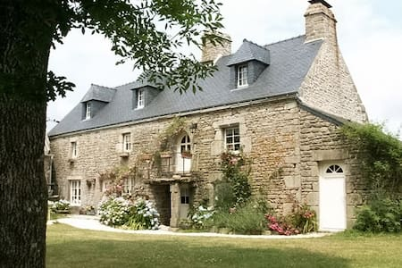 Ty Eliorn Chambre Rose - Langonnet - Bed & Breakfast - 1