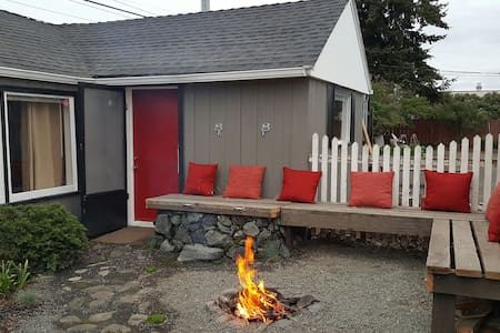 Urban Shack in the Heart of Sequim! - Sequim