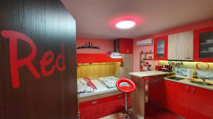 "Design apartments ""Red Blue"""