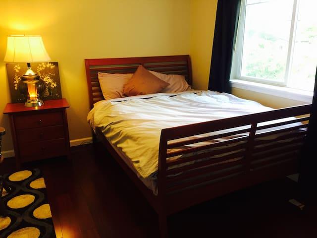 깨끗하고 쾌적한 룸을 제공합니다.