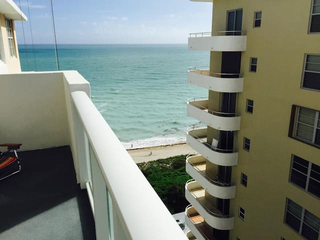 Ocean/Bay Views 2 Bed 2/ Parking - Miami Beach - Appartement