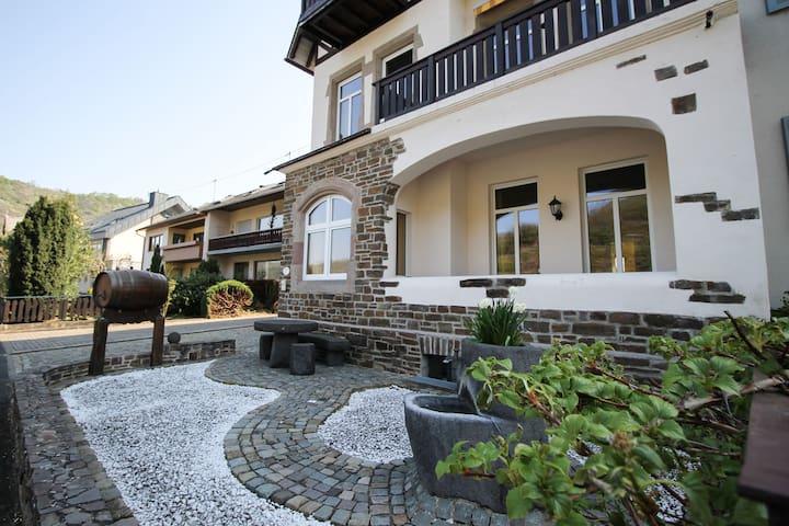 Alkener Hunnenstein - Erdgeschoss