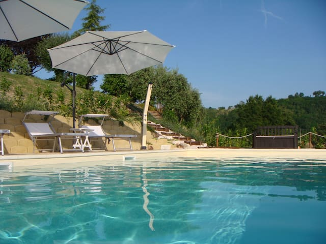 Stylish apartment - pool and views! - Curetta - Apartament