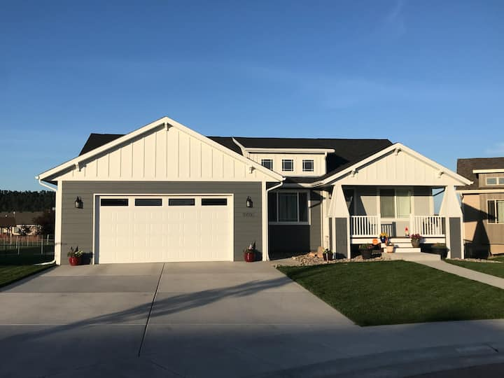 Very nice newer home near Sturgis, Rapid City