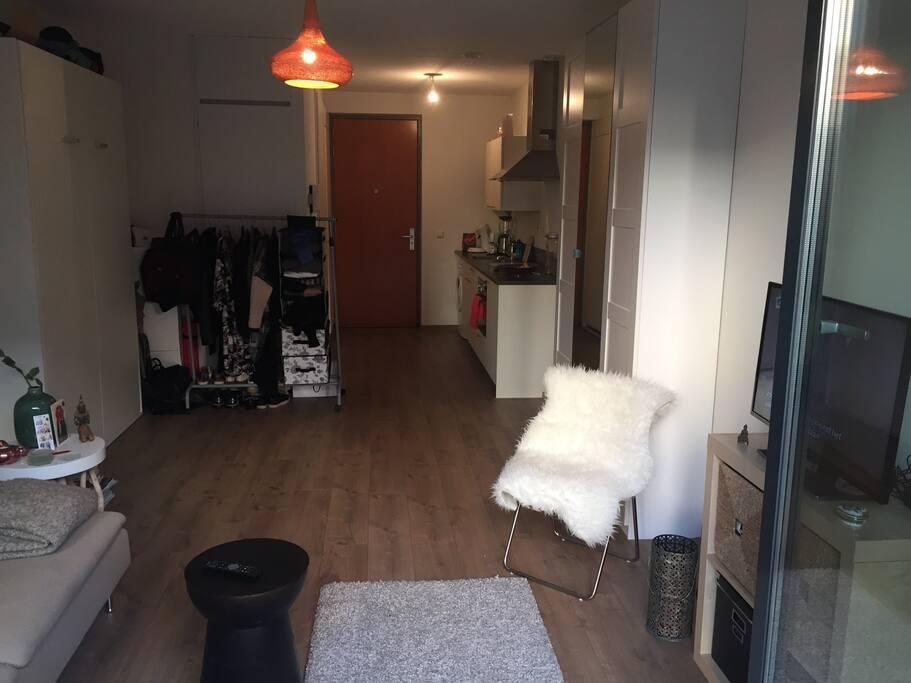 Studio nearby amstel appartamenti in affitto a amsterdam for Appartamenti amsterdam affitto mensile