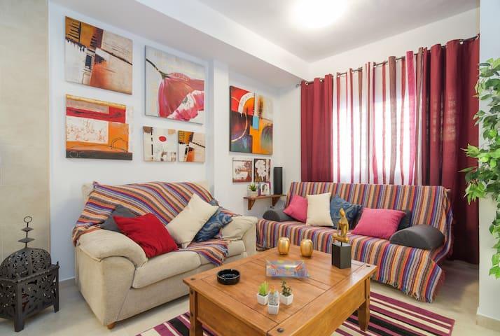 Habitacion estudio  a 3 m de la estacion - Màlaga - Casa