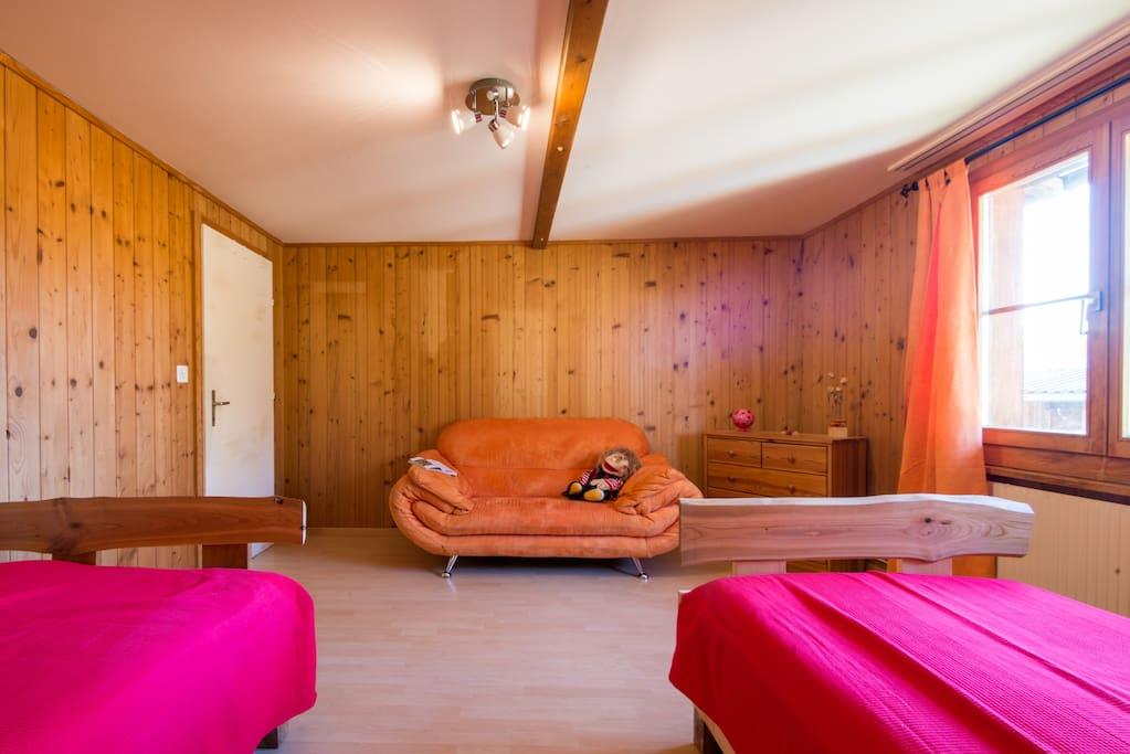 Doppelzimmer mit zusätzlicher Schlafmöglichkeit