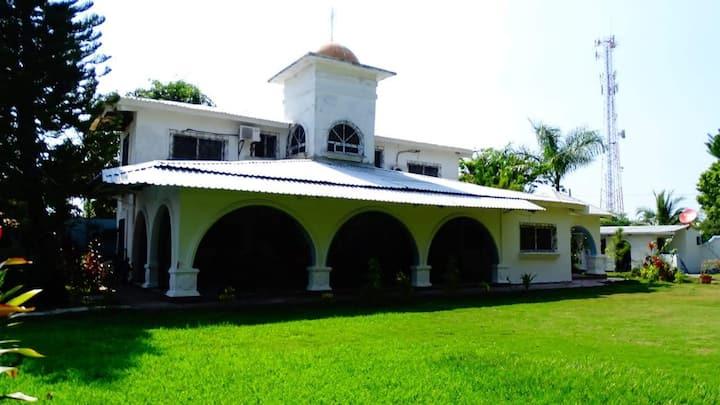 Alquilo casa en Residencial cerca Hotel Decameron