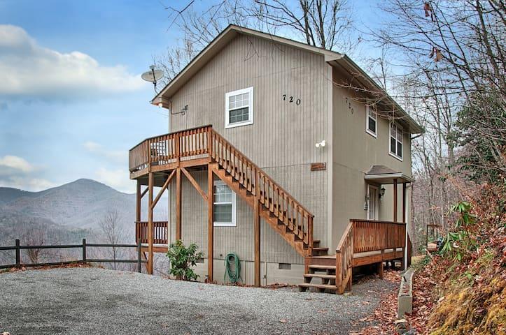 Falcon Ridge -Mountain View/Hot Tub - Maggie Valley - Rumah