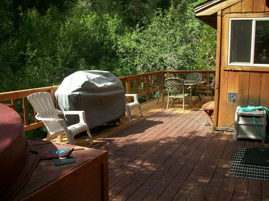 Large deck next to the meadow