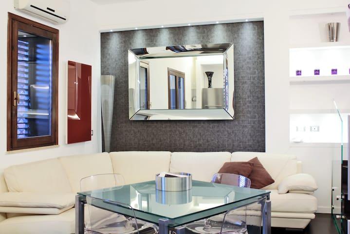 Luxury Villa 3 Floors - Ocean View - Acireale - Casa
