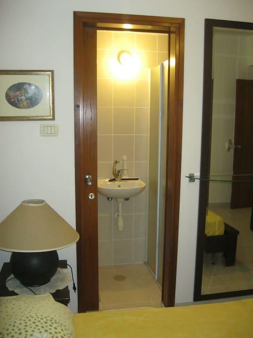 Room For Rent In Netanya