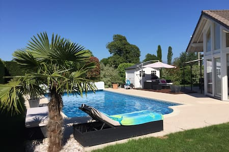 Private villa with swimming pool - Veigy-Foncenex