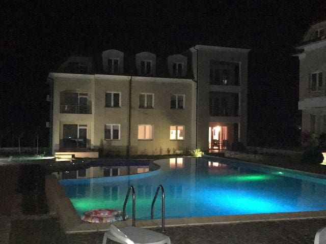 Spacious apartment-  Bozhurets Holiday Resort
