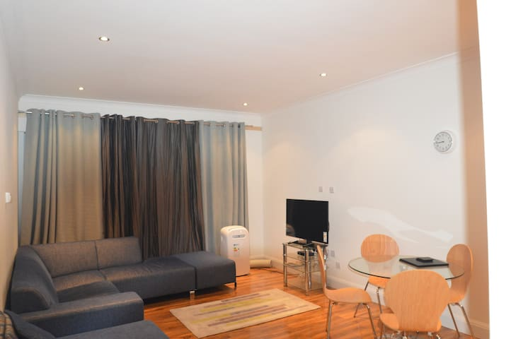 One Bedroom Flat Slough - Slough - Flat
