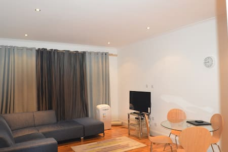One Bedroom Flat Slough - Slough - 公寓