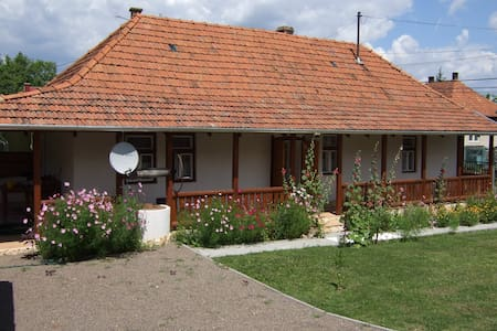 Knight Cottage, Bodony, Hungary - Bodony - Rumah