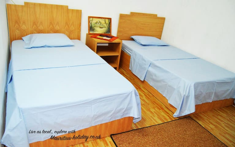 2x Single Bed in Guest House