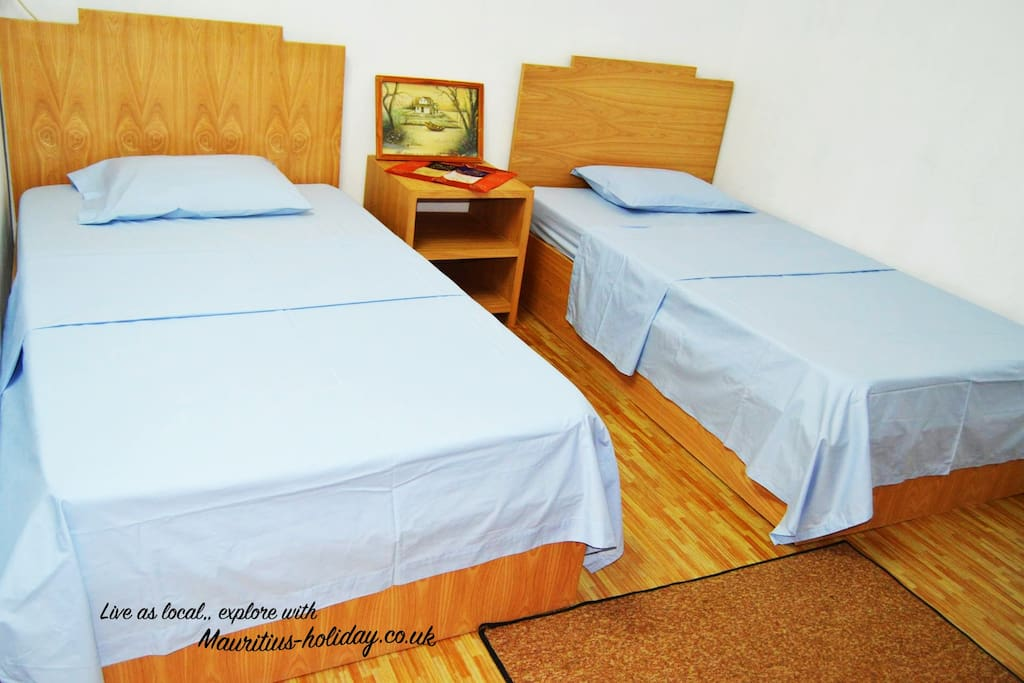 2x single bed in guest house guesthouses for rent in for Sofa bed mauritius