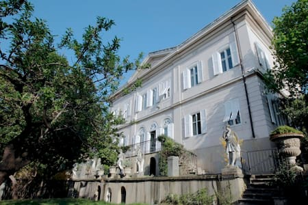 VILLA CLASSICA central position with swimming pool - Trieste