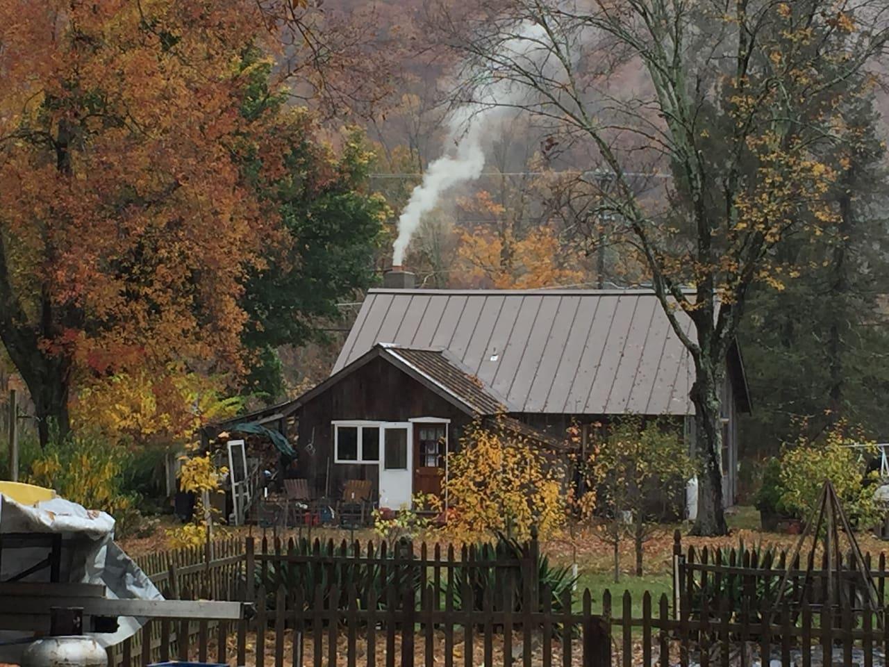 Breath taking views of mountain fall foliage