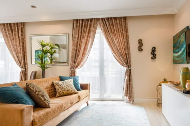 Luxury Apartment- near V&A  Waterfront