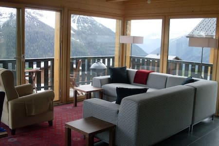 LUXURY VALAIS CHALET WITH SPECTACUL - Wiler (Lötschen) - Alpstuga