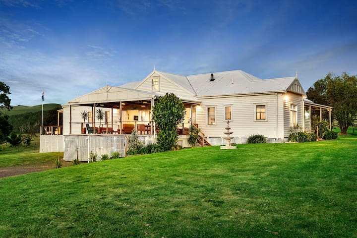 Woolamai Park -Huge 7 bedroom House - Sleeps 16 - Houses for Rent ...