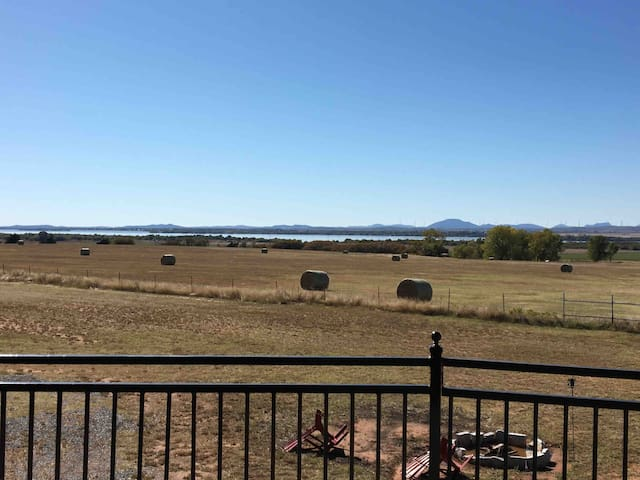 Superb view of Lake Ellsworth & Wichita Mountains!