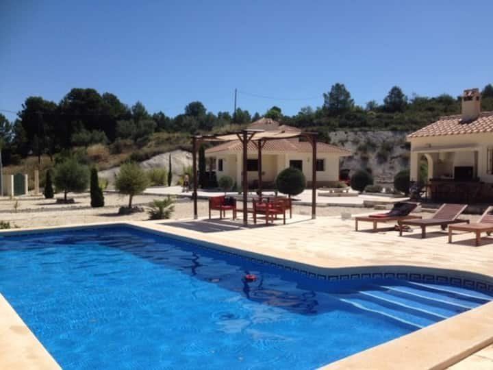 El Lentiscar --rural Spanish heaven