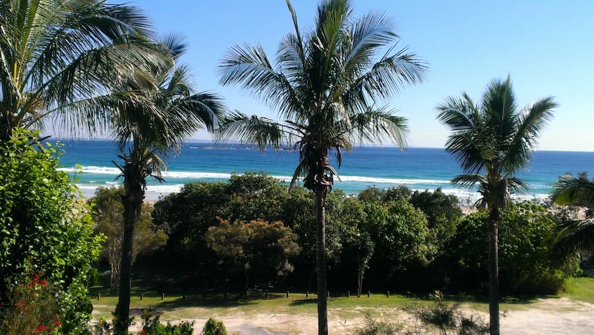 Beach front 3 bedroom apartment - Point Lookout - Byt