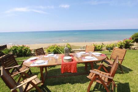 Beachfront Glyfada beach villa  - Glyfada beach