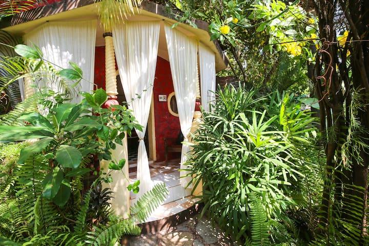 Honeymoon cottage in Villa (Anjuna) - Anjuna - Villa