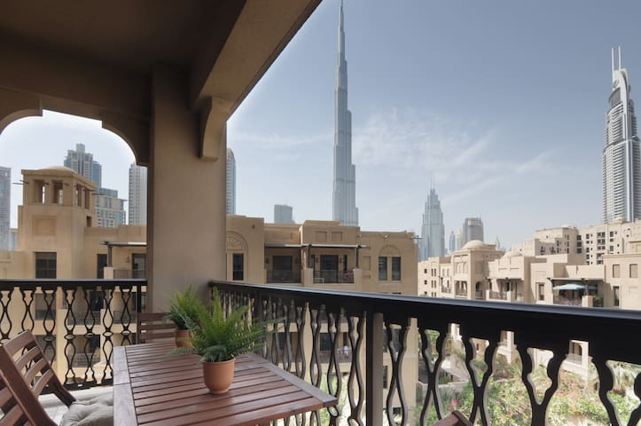 Unique and peaceful 2 bedroom in Dubai Downtown