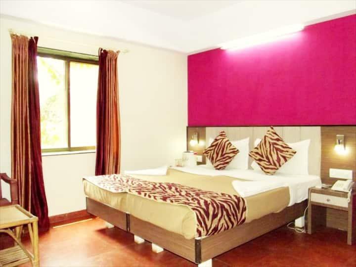 Yellow Kites Rooms & 2Min Ride to Baga Beach VB
