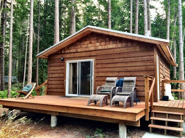 SeaStar Cottage at Savary Island - Lund - Kabin