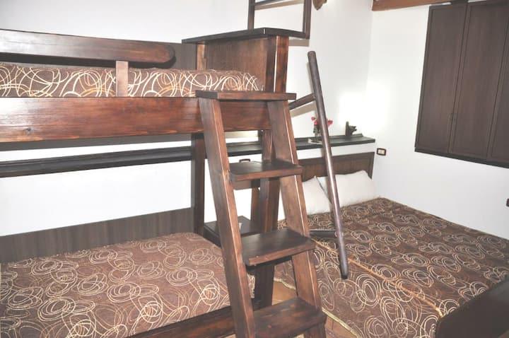 Hotel Guva Mangalem-Family Room
