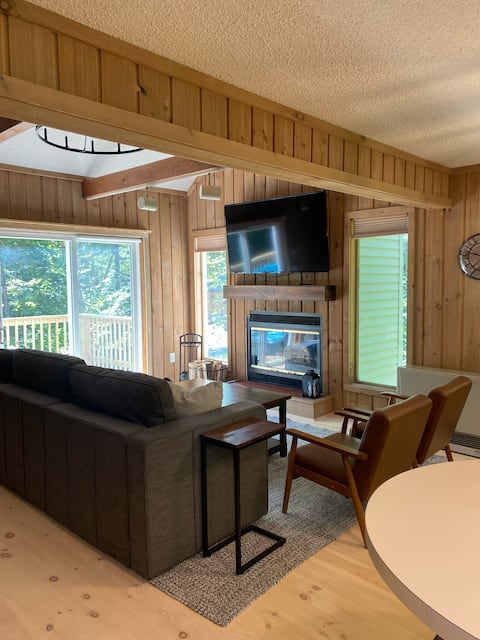 The Chimney Hill Cabin at Mount Snow