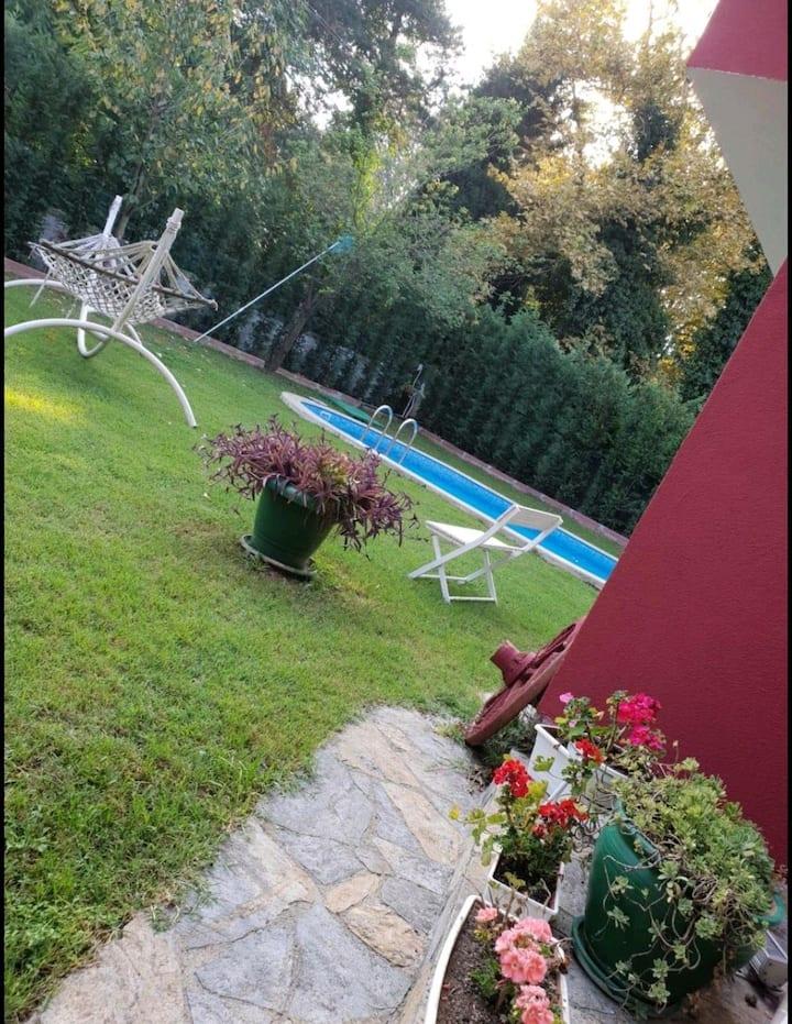 Spacious comfort villa n sapanca w pool & garden