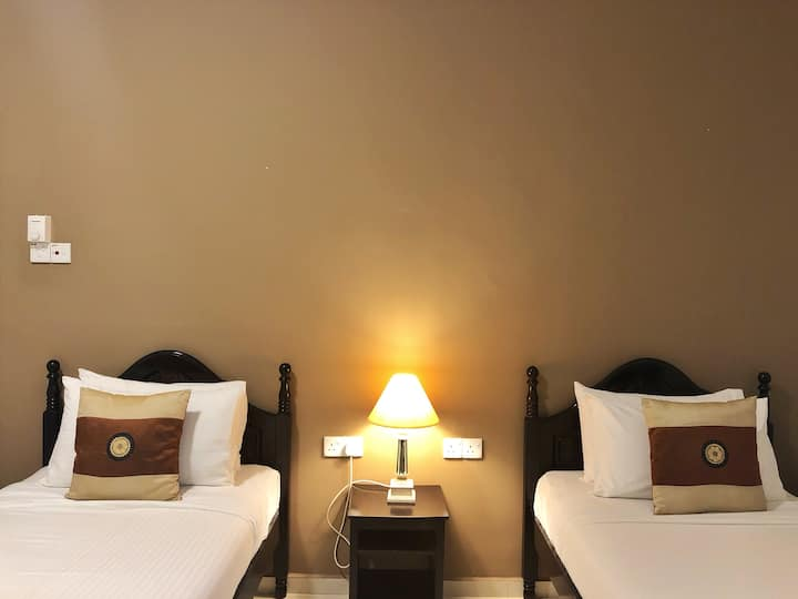 The Bliss Malacca Twin Bedroom